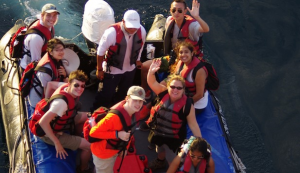 2017 students in the Galapagos